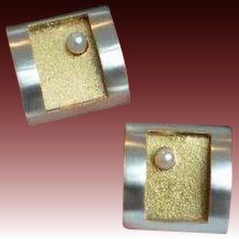 SILVER Mod Pearl Earrings