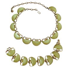 CORO Yellow Moonglow Necklace and Bracelet Set