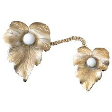 SARAH Coventry Leaves Brooch Pin Sweater Guard Set