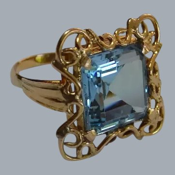 Vintage 14K Synthetic Spinel Ring