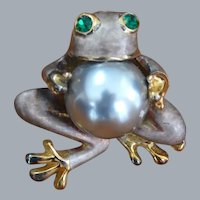 Faux Pearl Belly Frog Brooch Pin