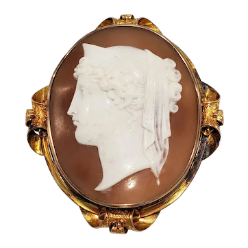 Large Antique Neoclassical Shell Cameo Pin / Pendant in 14k Gold Frame