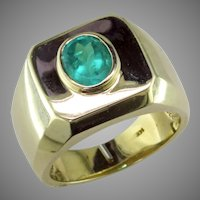 Natural Emerald in heavy 14K Yellow Gold