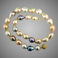 Outstanding Freshwater Multi-Color Cultured Pearl Necklace