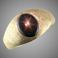 Black Star Sapphire 14K Yellow Gold Ring