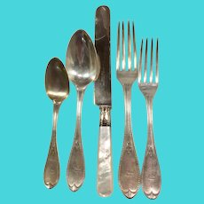 Wm Gale & Son Coin Silver Mayflower Pattern Dinner Size Flatware Set