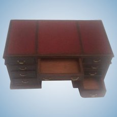 Pearson Miniature Mahogany Knee Hole Nine Drawer Desk with Leather Top
