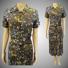 Vintage 1940s Rayon Dress//Oriental Motiff//Wiggle Dress//Pleated Skirt//L'Aiglon