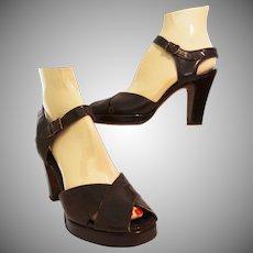 Vintage 1940s Platforms | Brown Leather | DeLiso Debs | Open Toe | Ankle Strap Heels |