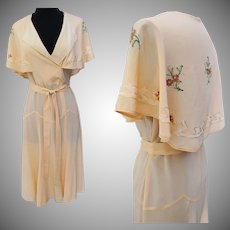 Vintage 1930s Dress | Cape Collar | Embroidered Flowers | Matching Belt | 30s Dress