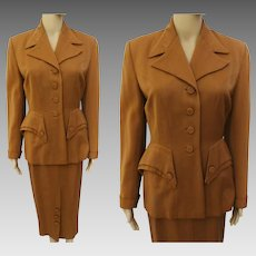 RARE 1940s Caramel Colored Gabardine Tailored Jacket and Skirt Suit// 40s New Look Fitted Feminine Designer//Fall Fashion