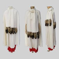 Vintage Cape With Fox Tails Creme Cest Simone