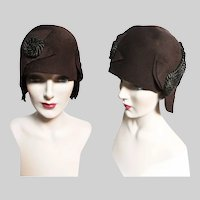 1920s hat / 1920s cloche hat / Brown / Silk Trim