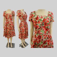 Vintage 1950s Dress//50 Dress//Red Pink Floral//Front Drape