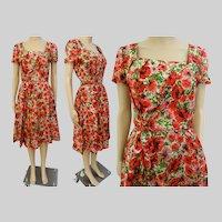 Vintage 1950s Dress//50 Dress//Red Pink Floral//Front Drape