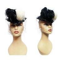 Vintage 1930s Hat//Tilt//Black/Feathered