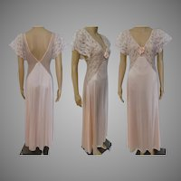 1950s Nightgown | Peach | Lace | Chiffon | Val Mode