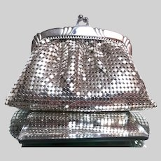 Vintage 1950's Whiting and Davis Co Silver Mesh Coin Purse