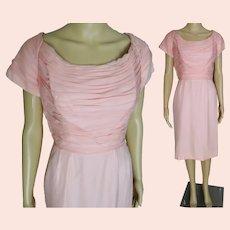 "Vintage 1950s dress | 50s Pink Wiggle Dress | B 36"""