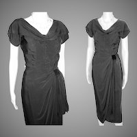 Vintage 1950s Dress  .  Black  .  Mod  .  Hourglass .  Couture .  XS