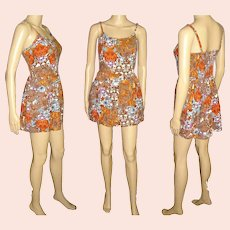 Vintage 1960s  Play Suit . Romper . Cotton Print . Swimsuit .  Elastic Smocked