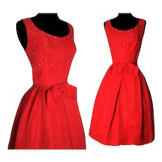 Vintage 1950s Dress .  Cocktail Dress  .  Party Dress  .  Red