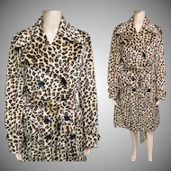 Vintage 1960s Coat//Leopard Print//Double Breasted//60s coat//Trench Style//Matching Covered Belt//Fall coat