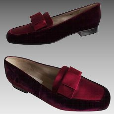 Vintage 1970s Slip Ons//1970s Flats//Talbots//Loafers//Retro//Burgandy//Mod//70s flats