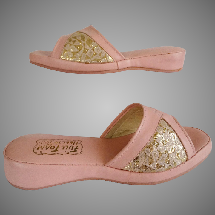 ccfa7d0824eed Vintage 1950s Shoes//50s Slippers//Never Worn//Coral//Gold Brocade//Full  Foam Heel To Toes
