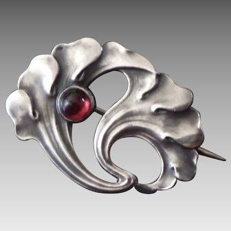 Antique Silver Jugendstil Ginkgo Leaf Pin