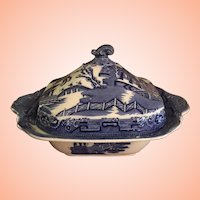 WBlue Willow Covered Dish From England