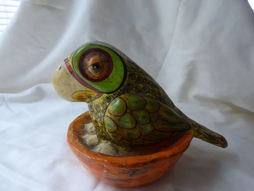 how to make a paper mache parrot