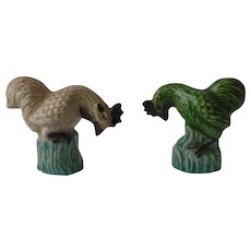 Pair Antique Chinese Export Rooster Figurines Famille Verte Porcelain Excellent Condition
