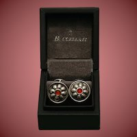 Buccellati daisy pattern sterling silver cuff links with carnelian