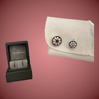 Buccellati Sterling Silver Cufflinks With Flower Motif and Gem