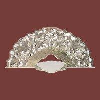 Oversized Napkin Holder Leaf Pattern