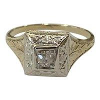 Art Deco Diamond Ring in 14 Karat Yellow and White Gold