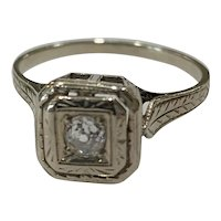 Art Deco Diamond ring in 14 karat White Gold