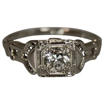 Classic Elegance! Art Deco 18k White Gold Engagement Ring!