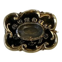 Victorian Mourning Brooch, 14 Karat Yellow Gold with Beautiful Foliate Scroll Frame