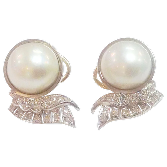 14 karat Fine Estate Mabe Pearl Earrings