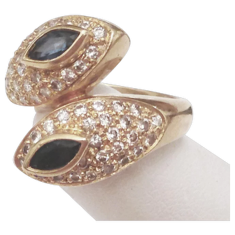 18 karat Solid Yellow Gold Bypass Ring