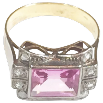 18 karat Pink Sapphire & Diamond Ring