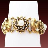 Intricate Booklink goldtone & pearl bracelet
