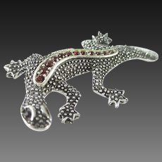 Emma's lithe lizard pin with red RS eyes
