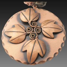 Rebates copper pendant/necklace with leaves