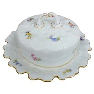 Meissen Scattered Flowers Covered Butter Dish with Wavy Detail