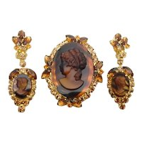 DeLizza & Elster Juliana Brown Tortoise Cameo Brooch and Dangling Earrings Parure