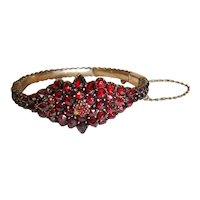 Victorian Bohemian Garnet Hinged Bangle Bracelet with 10K Gold Clasp