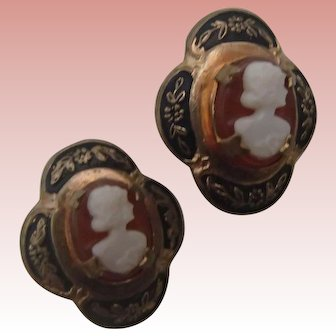 Vintage Screwback Cameo Earrings